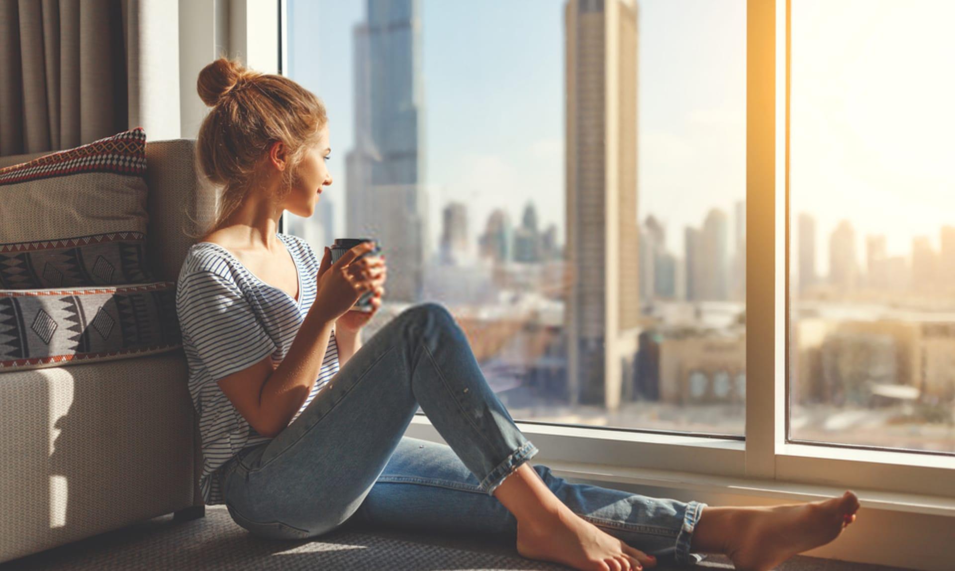 woman next to the big glazing